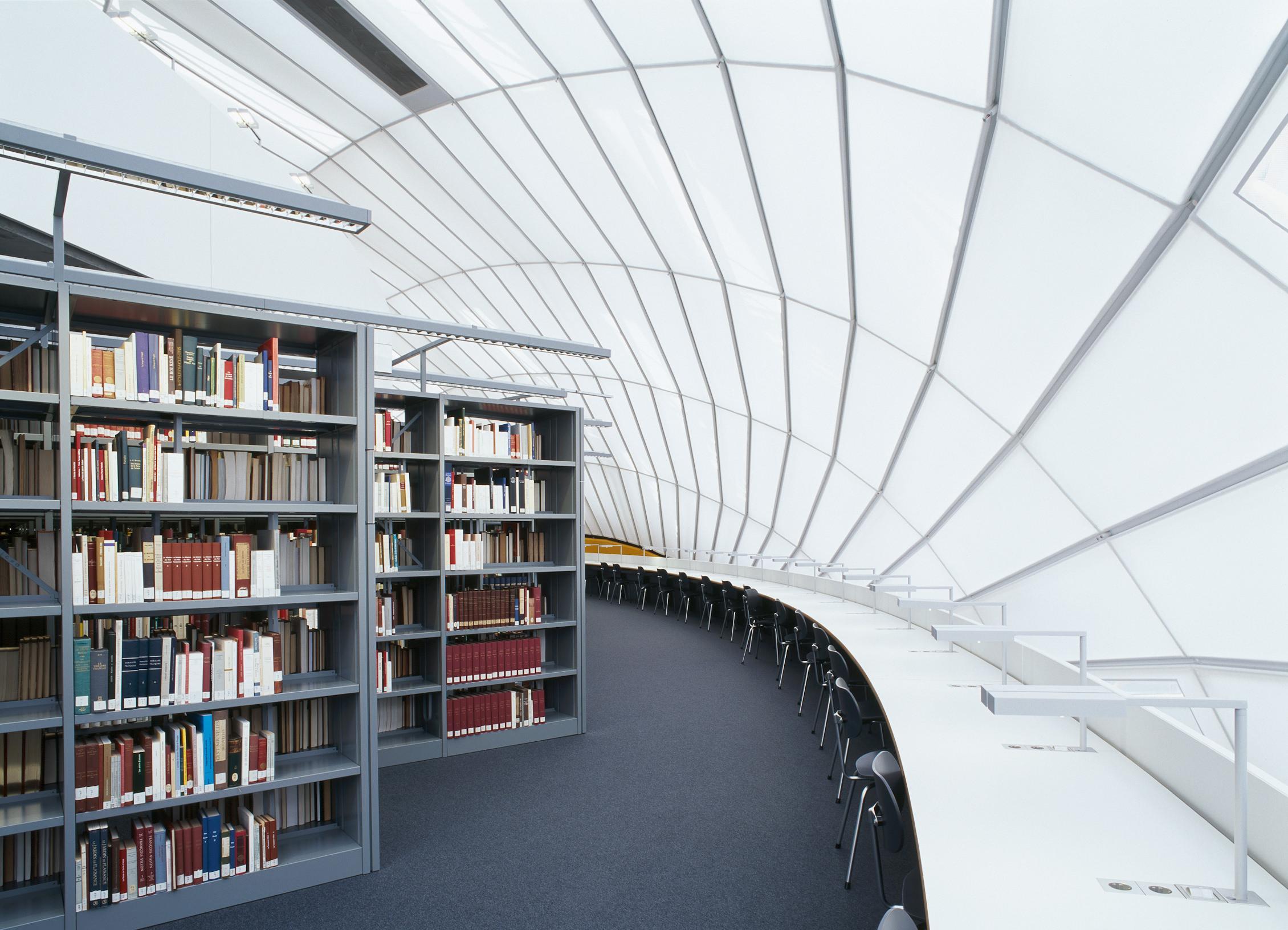 Bibliothek: Services | ASH Berlin